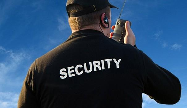Các công cụ hỗ trợ bảo vệ cần thiết của 1 nhân viên bảo vệ chuyên nghiệp